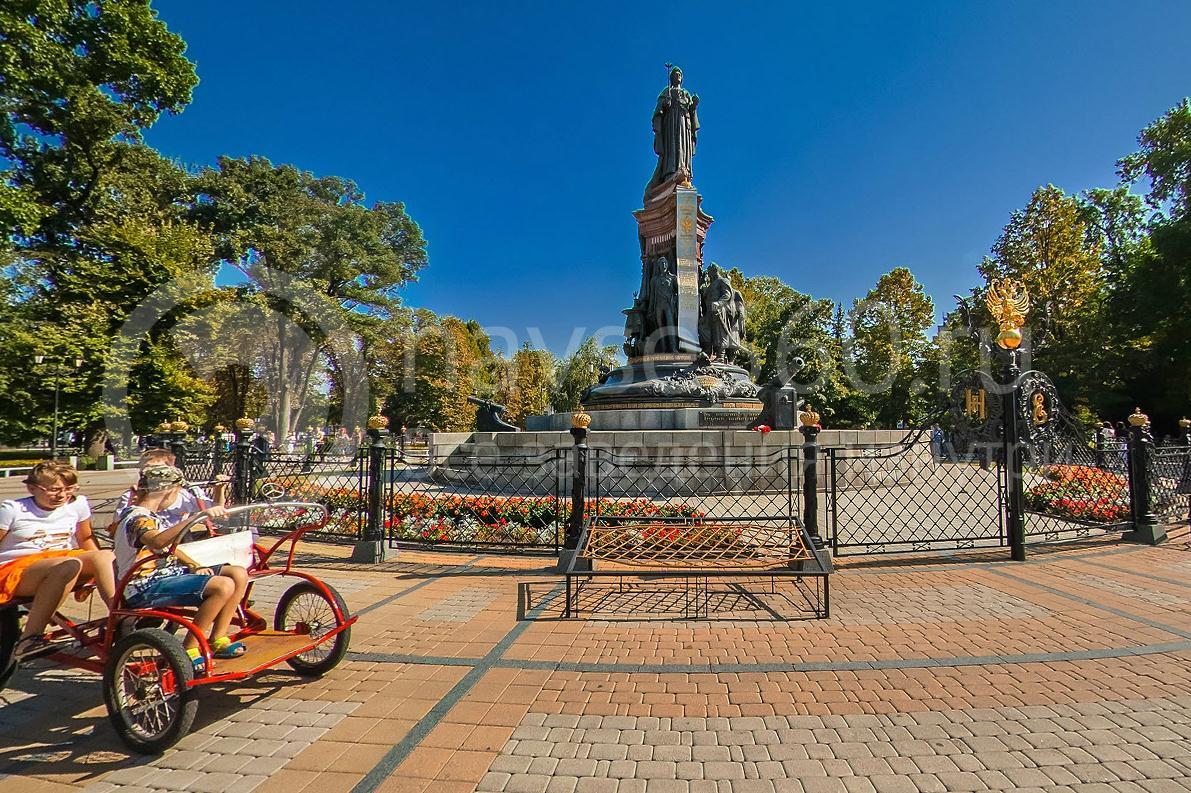 День города Краснодара 2015 г. памятник Екатерине Великой