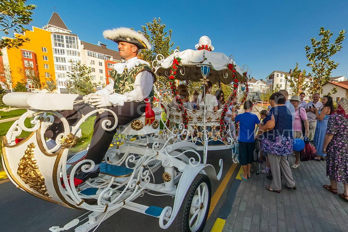Oktoberfest 2015, Краснодар, Немецкая деревня, извозчик
