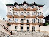 Кедровая роща, отель