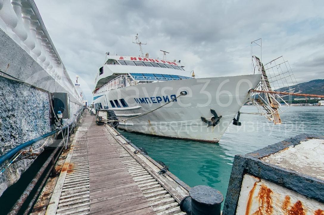 Империя, лайнер развлечения морские путешествия геленджик 02
