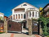 Отель Вега в Кабардинке - гостиница в Геленджике. Фото, отзывы, виртуальный тур, бронирование номеров на сайте: gelendgik.navse360.ru