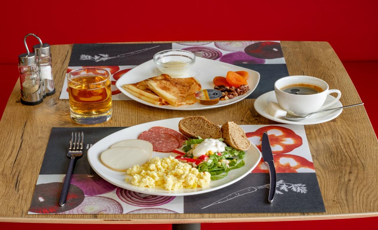 Отель Ibis Краснодар завтрак 1