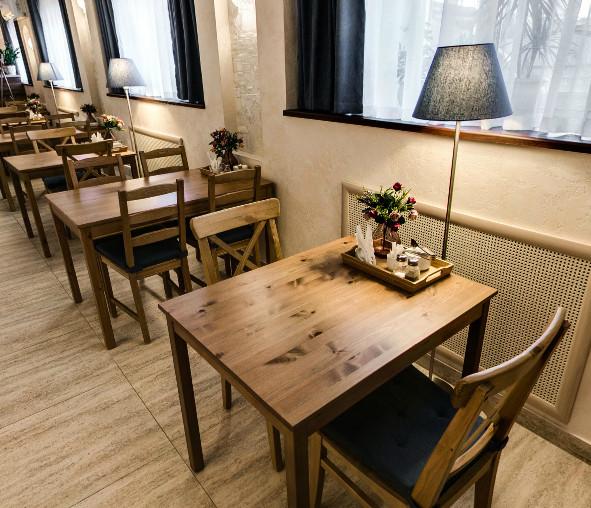 Гирос (на Ямашева), кафе