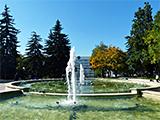 Поющий фонтан на площади Ленина