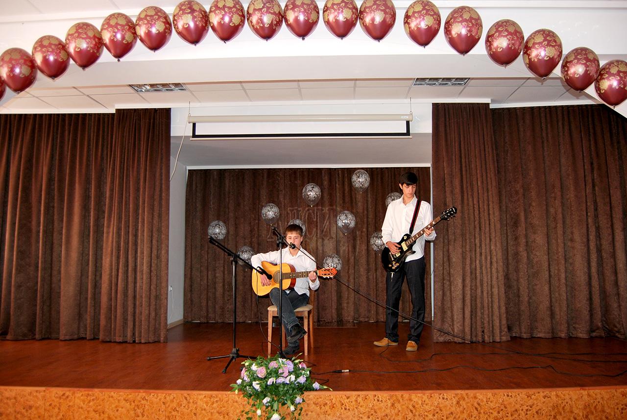 Выступление талантов