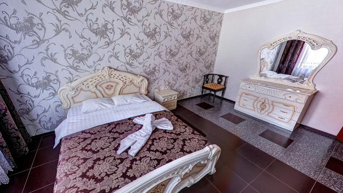 V.I.P. - Luxe, гостиница
